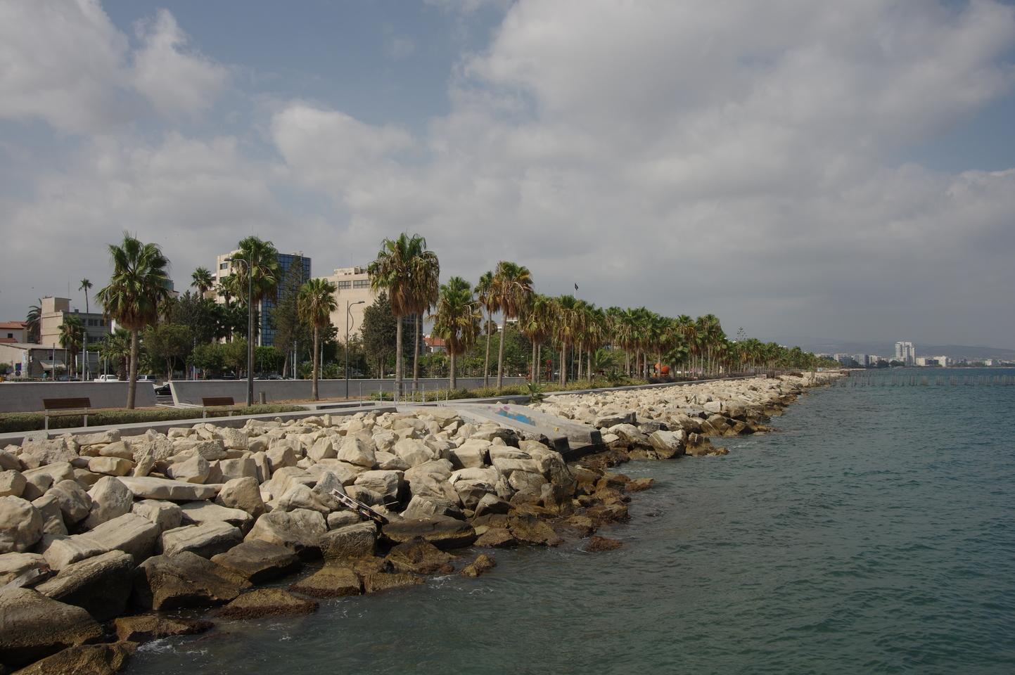 Лимассол в октябре погода фото