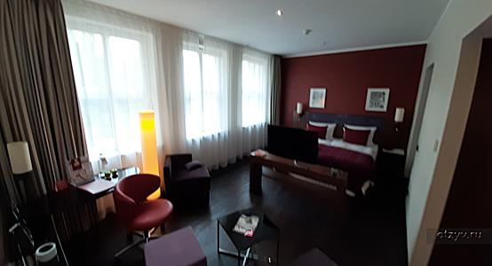 Leonardo Royal Hotel Berlin Alexanderplatz 4* (Берлин)