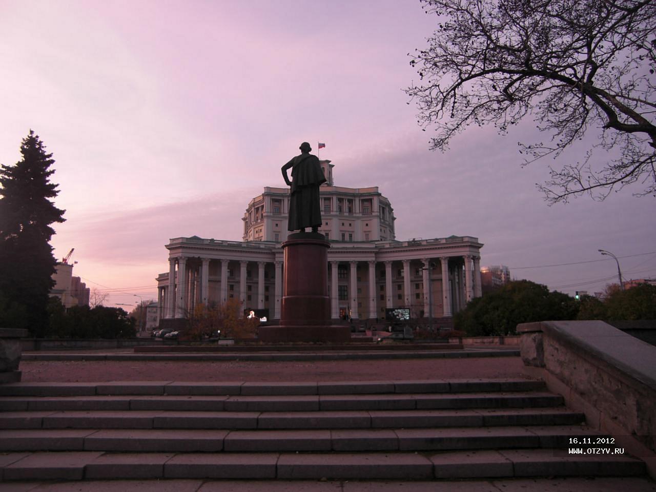 интим салоны суворовской площади в москве