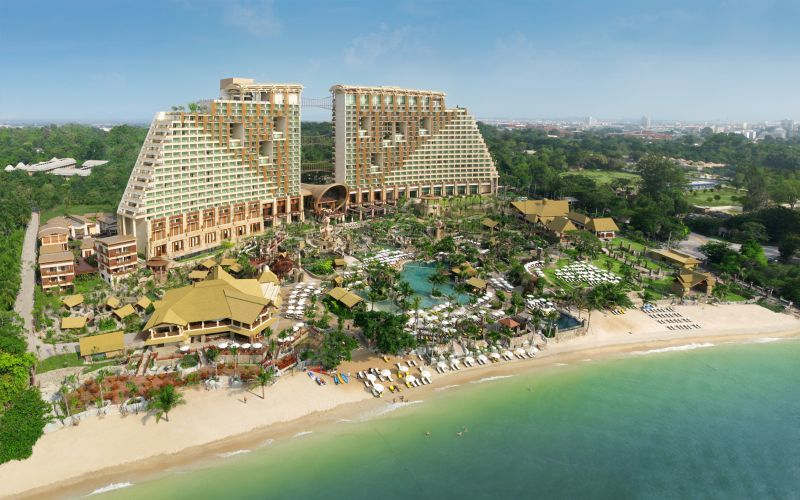 ЦЕНТАРА (Centara Grand Mirage Beach Resort Pattaya)