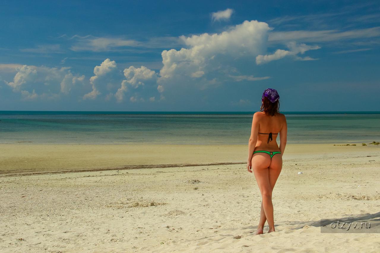 Фото девушки на пляже в тайланде фото