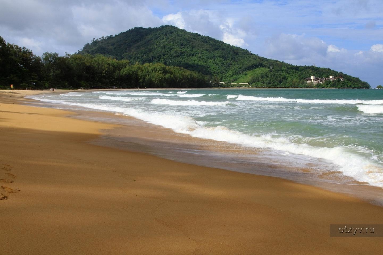 Бегущие на пляже фото