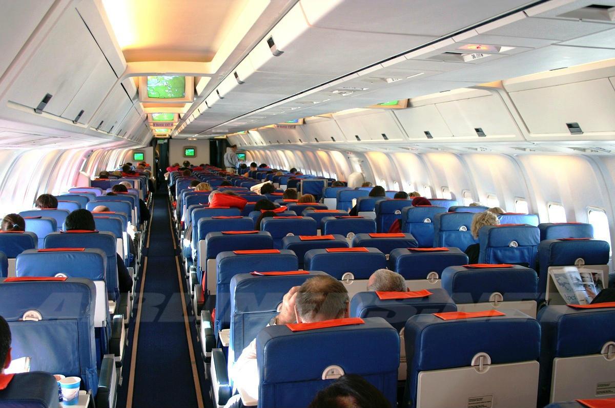 Боинг 777 200 фото салона