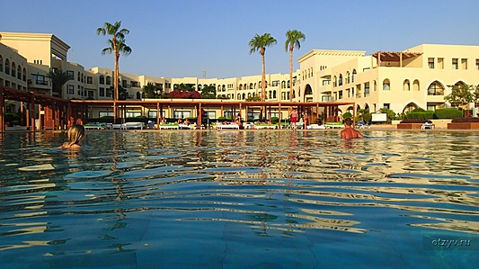 Grand Swiss (Grand Swiss-Belresort Tala Bay Aqaba)