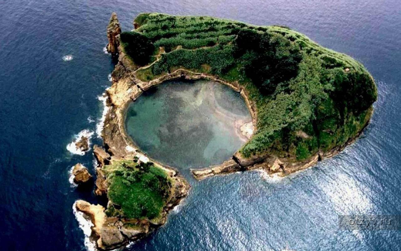 остров необычных фотографий года это