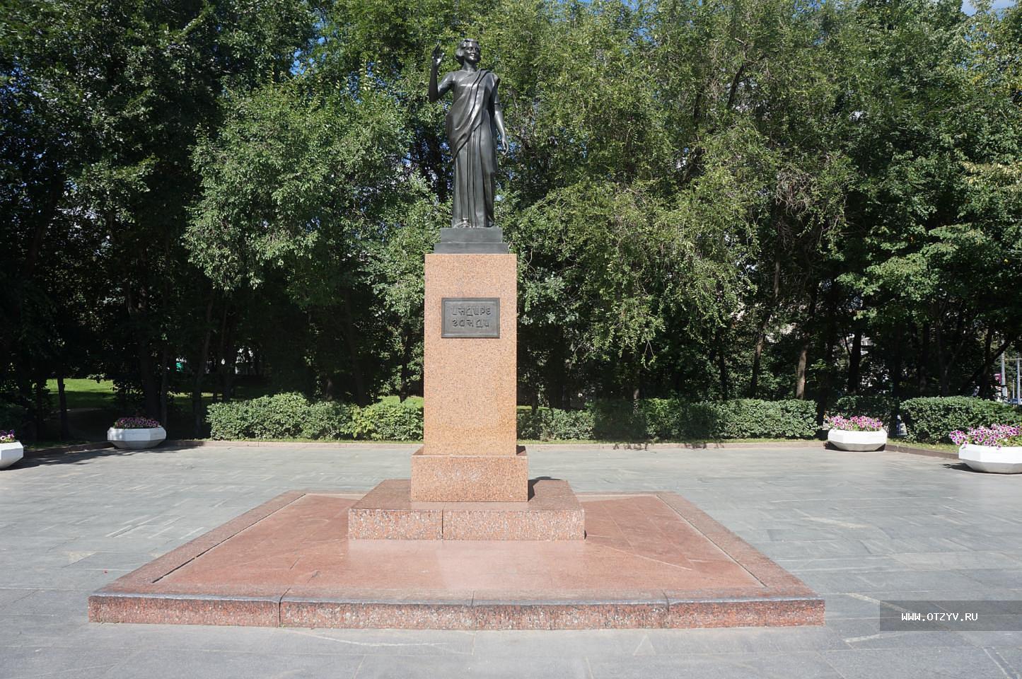 изготовление памятников петербург шадринск