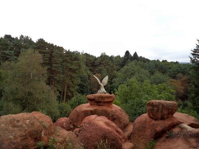 Картинки по запросу кисловодск по верхнему парку с посещением Красных камней и каскадной лестницы,
