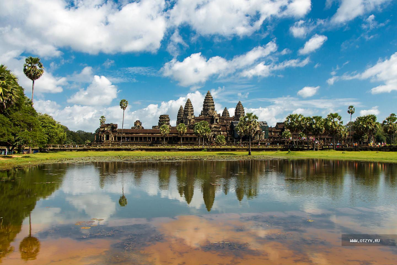 вскоре город сиемреап в камбодже фото столе лучах