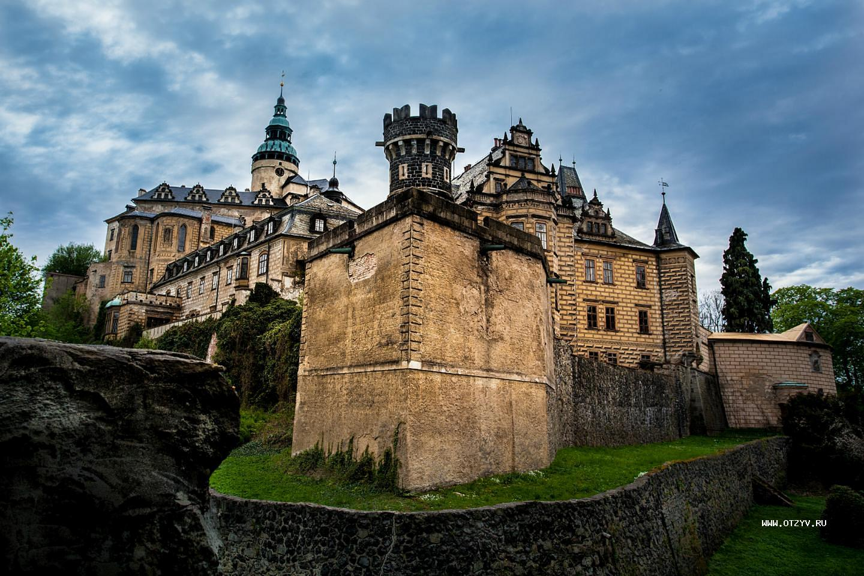 Замки в чехии фото и названия