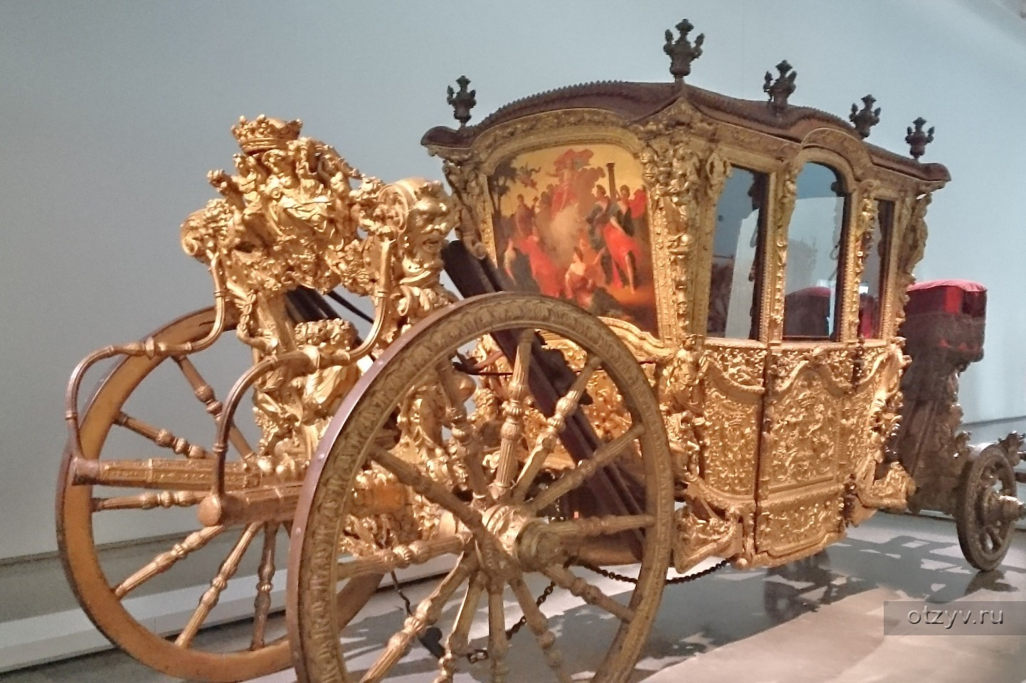 золотая карета фото