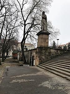 февральская венгрия и кусочек вены рассказ от 010618