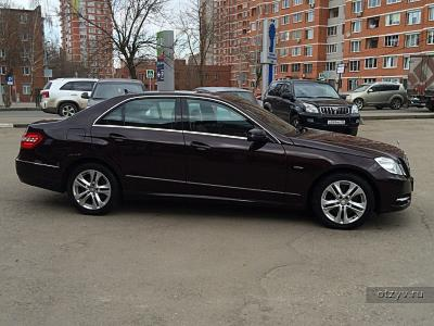 Mercedes E 300 4Matic BlueEFFICIENCY 2012
