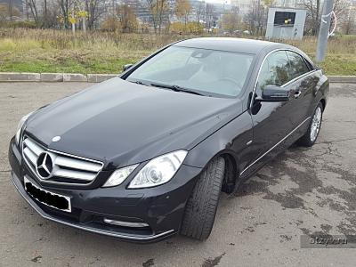 Mercedes E 250 CGI BlueEFFICIENCY 2012