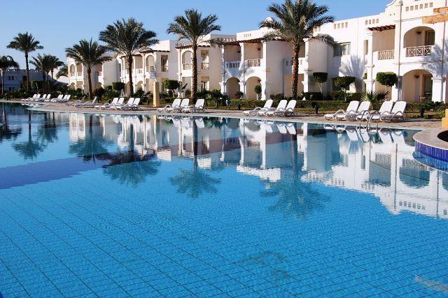 Картинки по запросу Continental Plaza Beach & Aqua Park Resort 5*