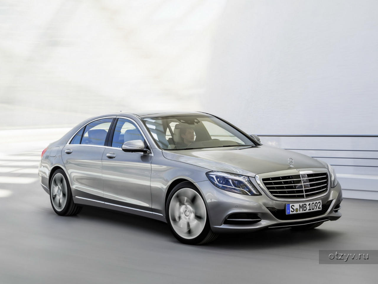 Mercedes-Benz GLE (2016-2017) - allcarz.ru