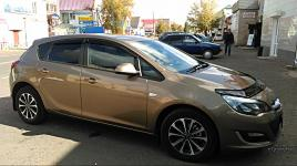 Opel Astra 1,6 МТ 115 л.с. 2013