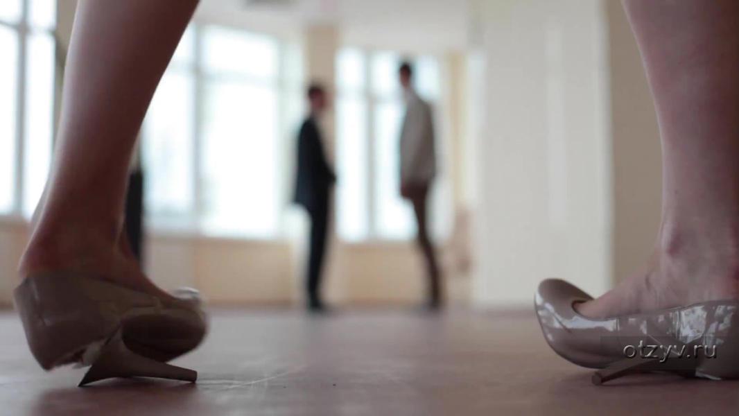 Сонник фрейда каблуки во сне видеть туфли на каблуках на женщине мужчине — в своих сексуальных фантазиях вы намного решительнее, находчивее и изобретательнее, чем являетесь на самом деле.